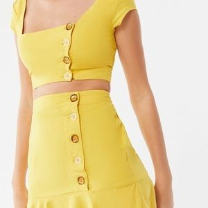 Urban Outfitters yellow top and skirt 💛